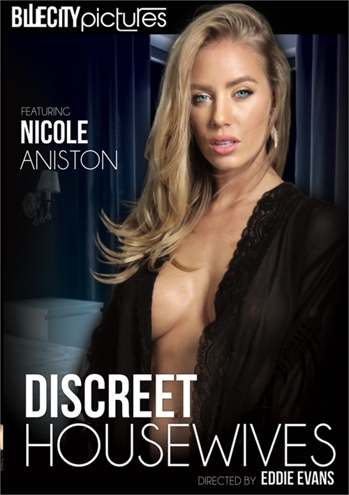 Discreet Housewives – Blue City